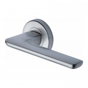 Sorrento Door Handle Lever Latch on Round Rose Trino Design Satin Chrome finish. 53mm rose